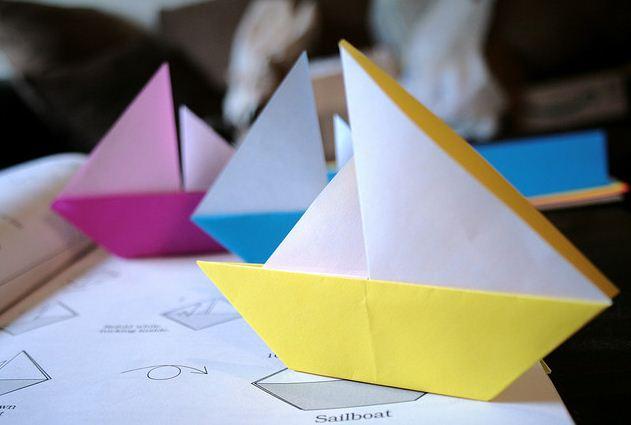 Парусник: традиционная оригами