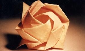 кто догадался складывать бумагу оригами