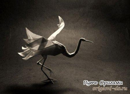 Очень реалистичный бумажный журавлик