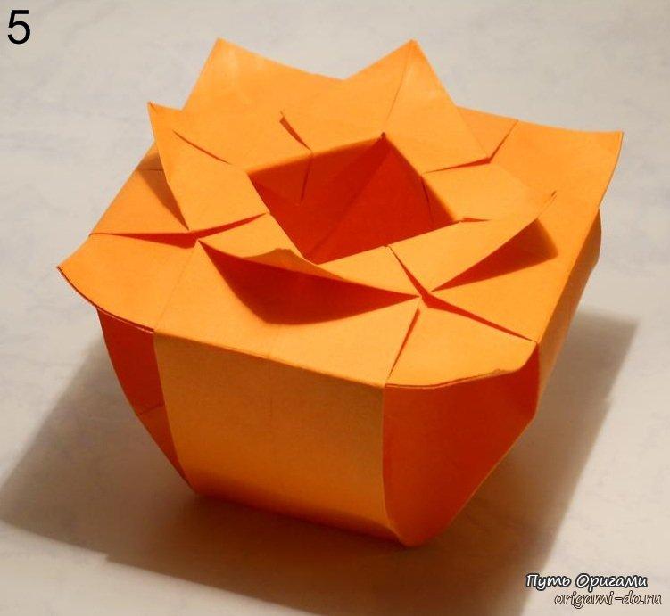 Квадратная бумажная ваза для