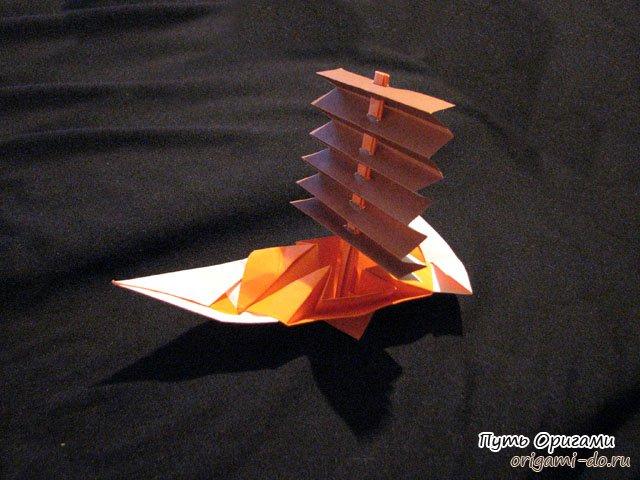 Оригинальный кораблик оригами