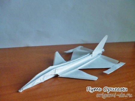 Оригами среднего уровня - истребитель JAS 39 Gripen