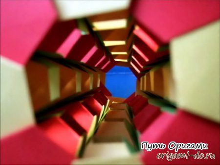 Башня оригами от Mihoko Tachibana