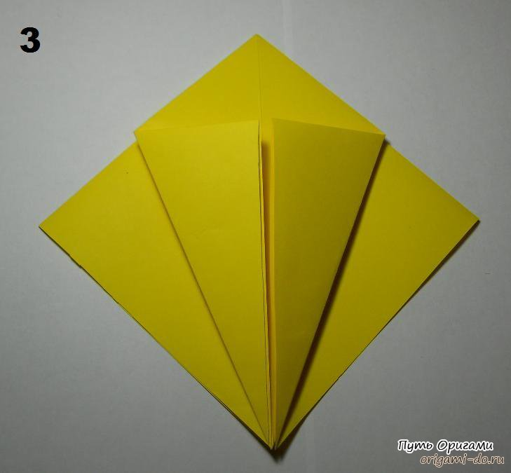 А для тех, кто не совсем разобрался со схемой сборки оригами паука, предлагаем посмотреть детальный видео урок...