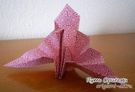 Поздравительный журавль от Jo Nakashima