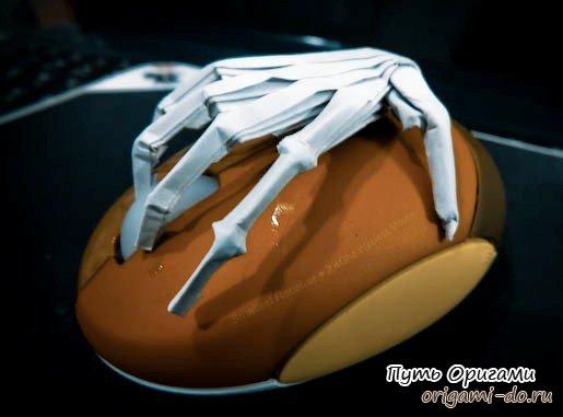 Оригинальное оригами – рука из